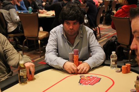 Pedro Oliveira (15/278) Avança ao Dia 2 do Evento #57: $1,000 No-Limit Hold'em