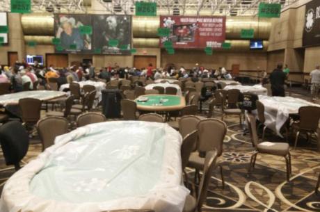 A hirtelen jött esőtől beázott a Rio, 23 asztaltól evakuálták a játékosokat