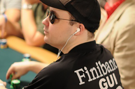 "Guilherme ""ezgam"" Soares Avança ao Dia 5 do Main Event WSOP 2015"