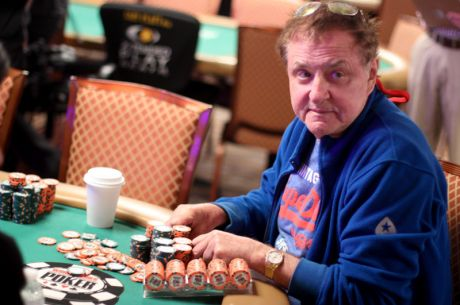 2015 World Series of Poker Main Event Tag 5: Pierre Neuville als Chipleader