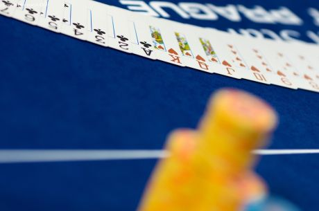 The Weekly PokerNews Strategy Quiz: Think of It As One Long Game