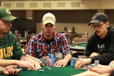 2015 MSPT Potawatomi Casino Day 1b: Matt Hauge Rides Late Flip to Lead