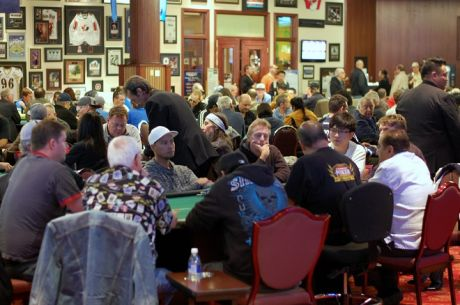 Satellite Night at McPhillips Station Casino Awards Dozens of PlayNow Poker Championship Seats