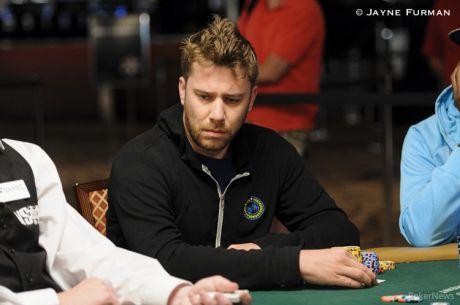 PokerNews Boulevard - Kevin MacPhee chipleader laatste 21 met Seidel & Hellmuth coacht...