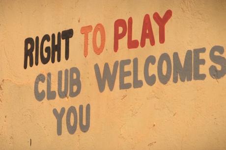 Profissionais da PokerStars Visitaram Projeto Right To Play no Uganda