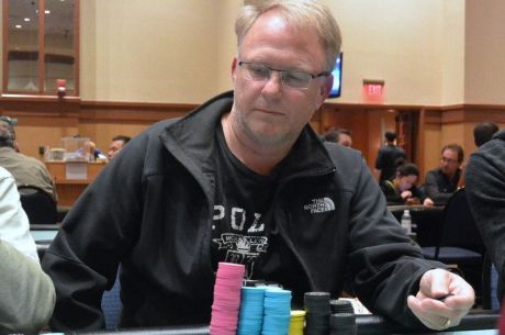 2015 MSPT Meskwaki Main Event Day 1a: Faldet Leads with Friedman Second