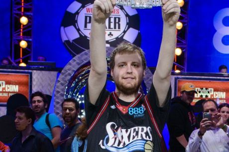 Joe McKeehen remporte le Main Event des World Series Of Poker 2015, Josh Beckley runner-up