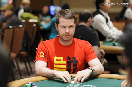 Bluffing the Turn: Jonathan Little Barrels Again When Board Doesn't Change