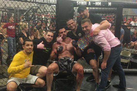 MMA : Olivier Busquet détruit JC Alvarado (video)