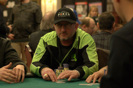 Ron Lauzon Leads PlayNow Poker Championship Main Event Day 1