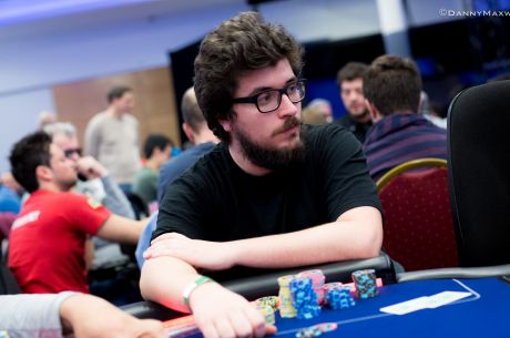 "Francisco ""07Papi"" Oliveira 4º no $320 Wednesday PLO ($5.023) & Mais"