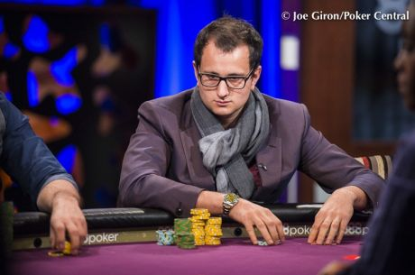 Rainer Kempe als Chipleader am Finaltisch beim $300,000 Super High Roller Bowl
