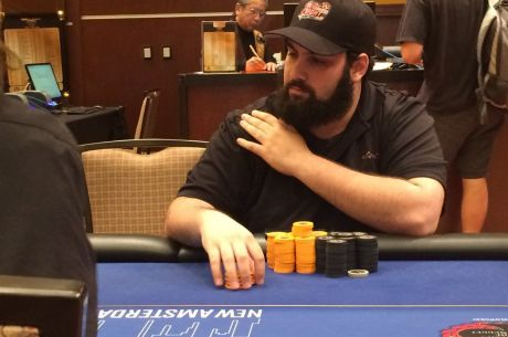 Mike Comisso Leads TV Final Table of PNIA $1,675 Main Event at Golden Nugget