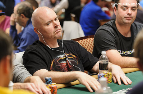 2016 World Series of Poker: John Hennigan holt 4. Bracelet