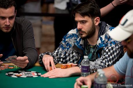 Димитър Данчев сред последните 12 на Event #54: $888 Crazy Eights