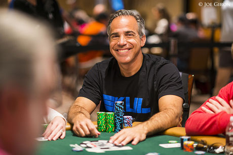 Top of Counts Still Tight at Day 6 Dinner of WSOP Main Event