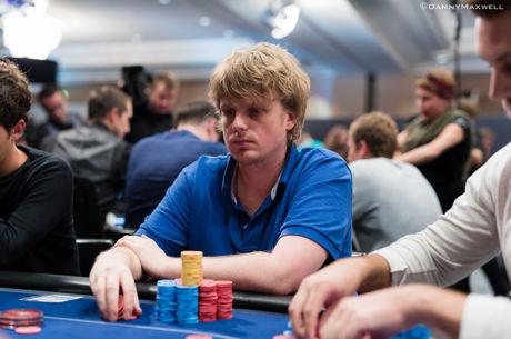 Lemiama WSOP kova: pagrindiniame turnyre liko 27 žaidėjai