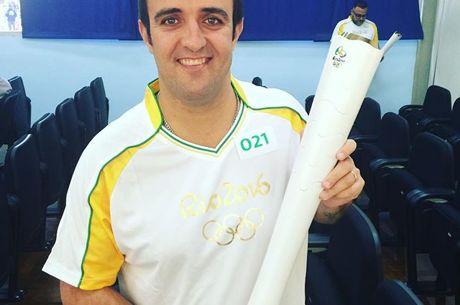 RIO 2016: Ο André Akkari μεταφέρει την Ολυμπιακή φλόγα!