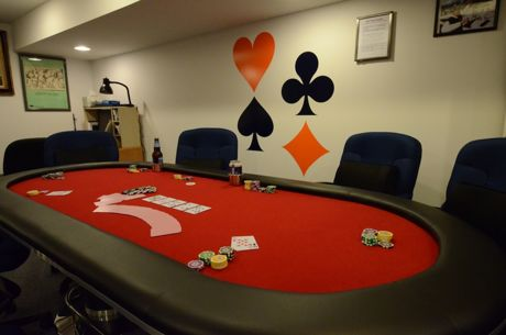 Hosting an Awesome Poker Game at Home: The Poker Table