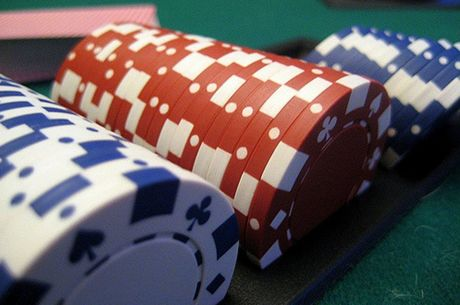 Hosting an Awesome Poker Game at Home: Poker Chips