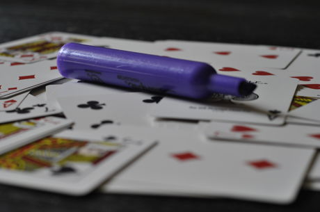 Four Detained for Alleged Poker Scam in China