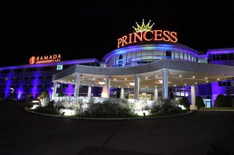 Επιστρέφει το poker room στο Princess Casino με τη χορηγία της...