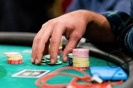 Five Factors to Consider When Blind Stealing in Tournaments
