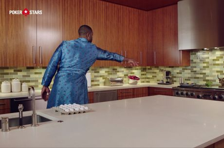 #Raiseit: Cristiano Ronaldo and Dwayne Wade Battle it Out in the Kitchen