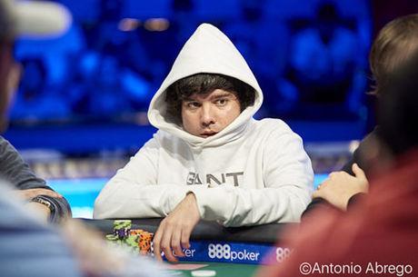 """Pedro """"skyboy"""" Oliveira Ruma ao Dia 5 do Main Event das WSOP"""