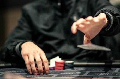 'Groan Folding' In Live Poker