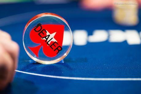 Casino Poker for Beginners: The Deal With the Dealer Button
