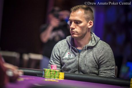 Bonomo Leads Final 14 Players Into Day 3 of Super High Roller Bowl