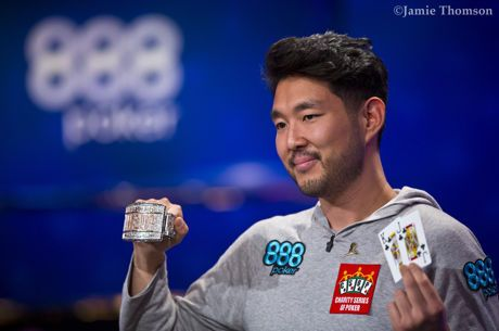 Der 2018 World Series of Poker Main Event Champion heißt John Cynn