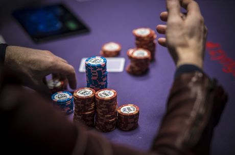 Jonathan Little Faces a Casual 2.7x River Pot Bet in $25/$50 Cash Game