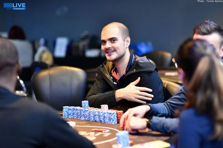 888poker LIVE London: Antoine Labat Builds Wall of Chips, 21 Remain