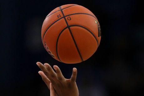 NBA Odds, Picks & Predictions