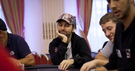 Crónicas de Negreanu: de 10 de Maio 2012
