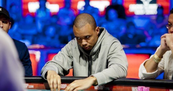 $25K Fantasy League: A Look at the Standings Halfway Through the 2012 WSOP
