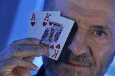 Ο μετρ του blakjack αναφέρει απόπειρες νάρκωσης και δολοφονίας από καζίνο!