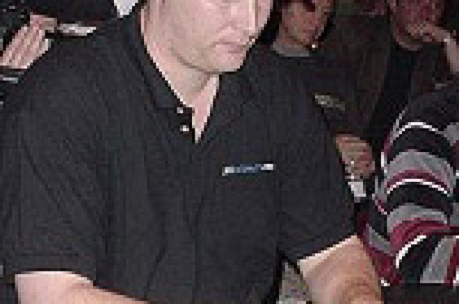 Hellmuth Early World Series of Poker Favorite 0001