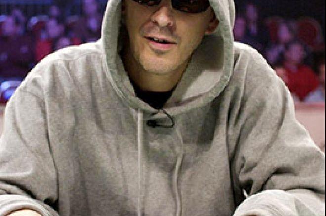 Der Terminator: Laak besiegt den Poker 'Roboter' 0001