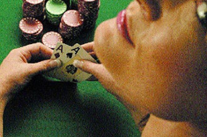 """""""Poker Cadillac"""" : 576 pages en français sur le poker 0001"""