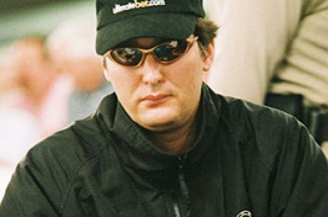 ポーカーの伝説: Phil Hellmuth 0001