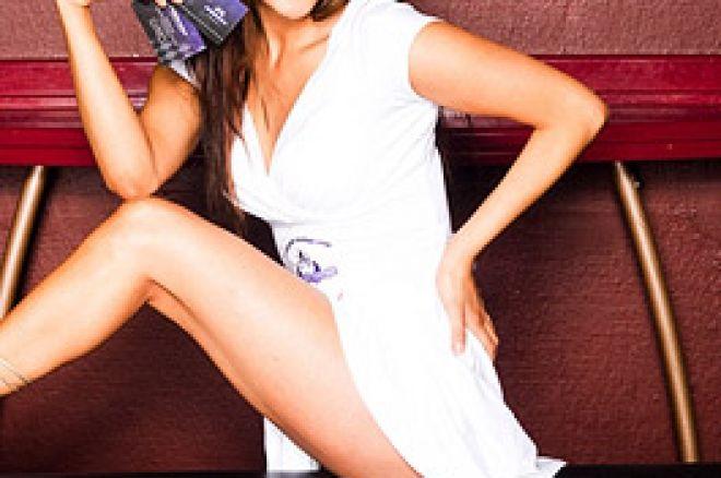 Aylar blir pokerbabe hos Purple Lounge Poker 0001