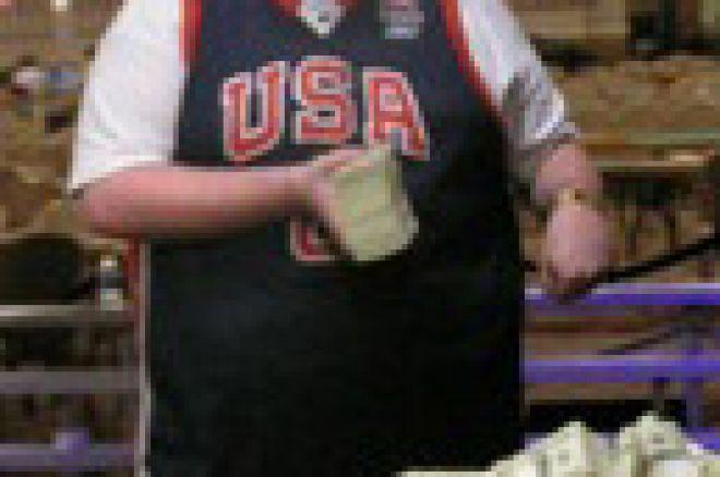 $1500有限Holdem比赛中最年轻的WSOP金手镯得主 0001