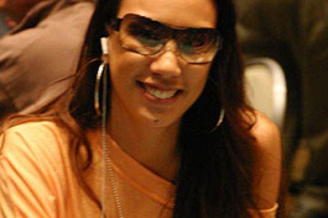 Evelyn Ng与在线扑克网站签署合约 0001