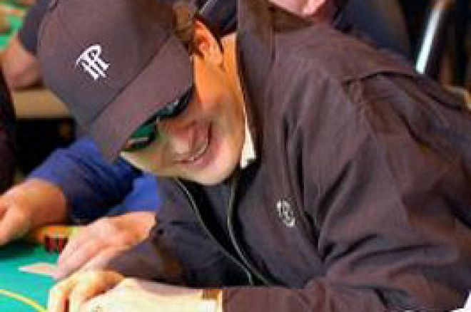 WPT Championships Day 1a: Lo Show di Phil Hellmuth e Jamie Gold 0001