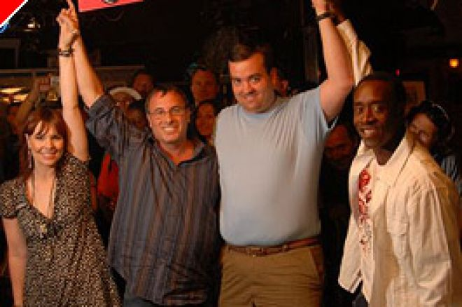 Histórias das WSOP: Duplos Vencedores Significa Mais Dinheiro para WSOP Darfur Fundraiser 0001