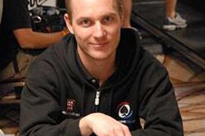 Team PokerNews' Mikkel Madsen er blandt de sidste 36 0001