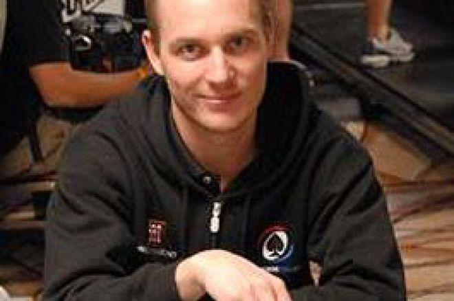 Mikkel Madsen  del Team PokerNews negli Ultimi 36 0001